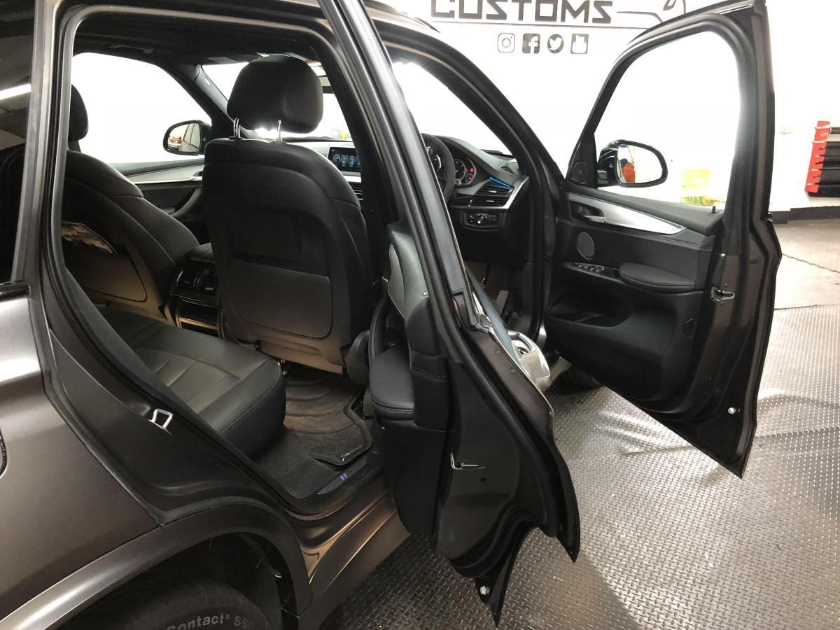 Front and rear door shuts